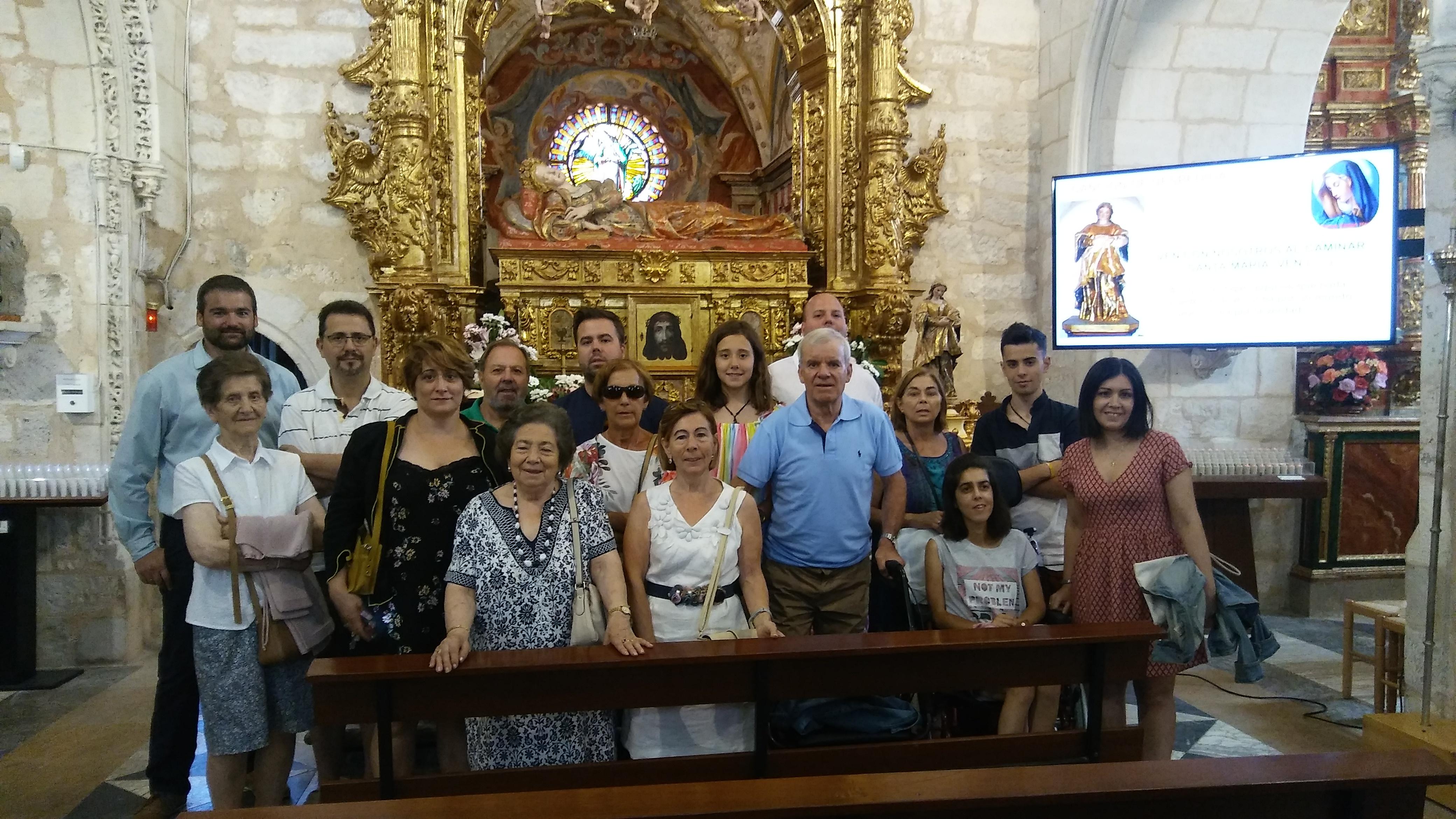 PEREGRINA FAMILIA DE SANTOVENIA DE OCA